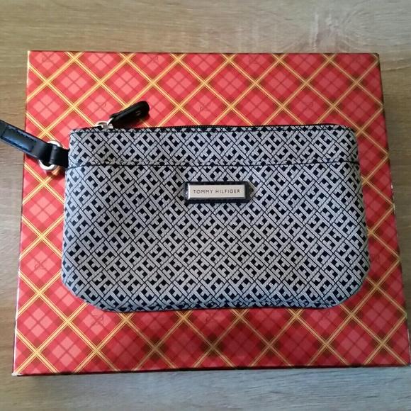 Poshmark Bags Hilfiger Bag Makeup Tommy FI4fqx